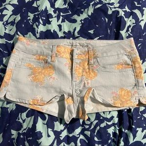 American Eagle Outfitters Floral Design Shorts